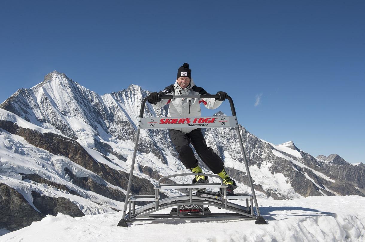 Skiers Edge Mike von Grünigen draußen c Skiers Edge