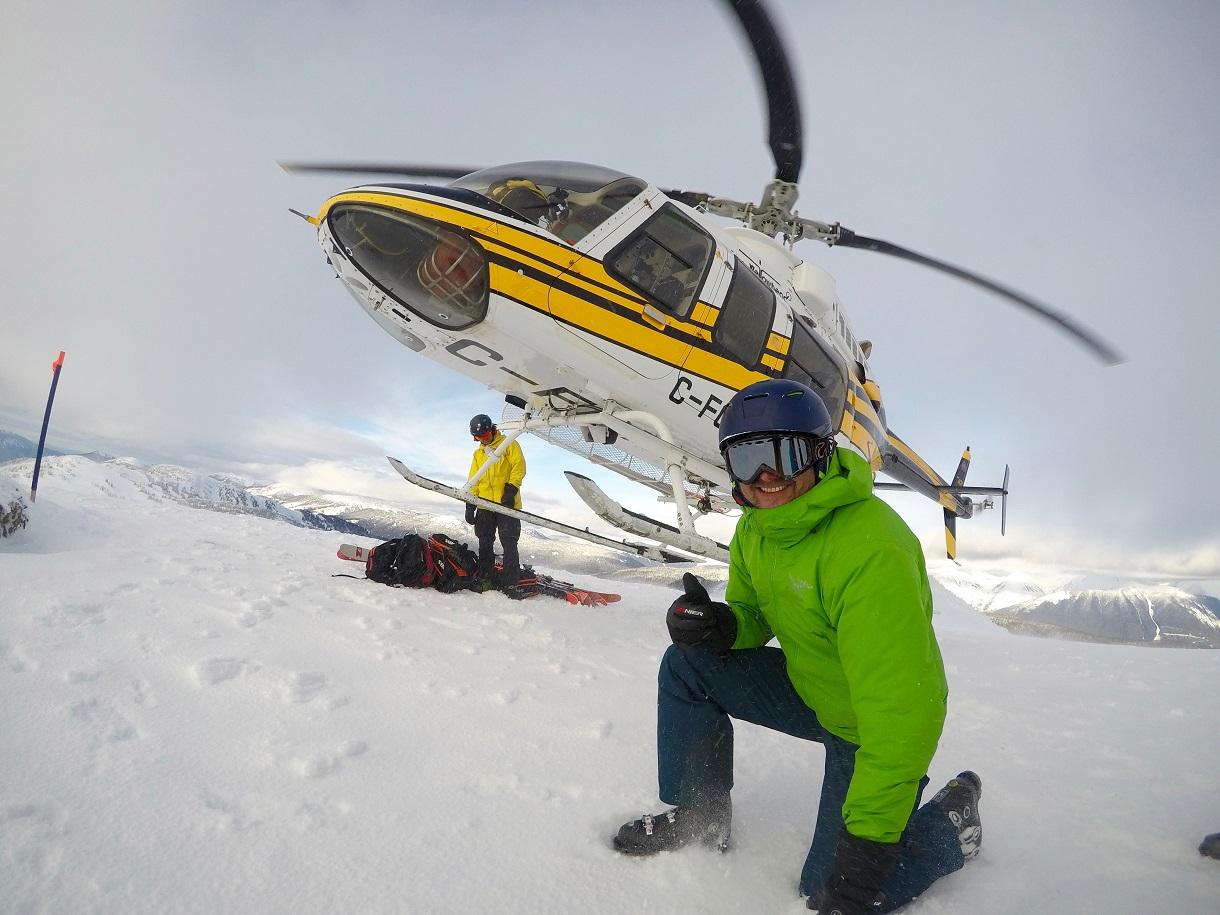 Bearpaw Heliskiing Landing c Bernhard Krieger